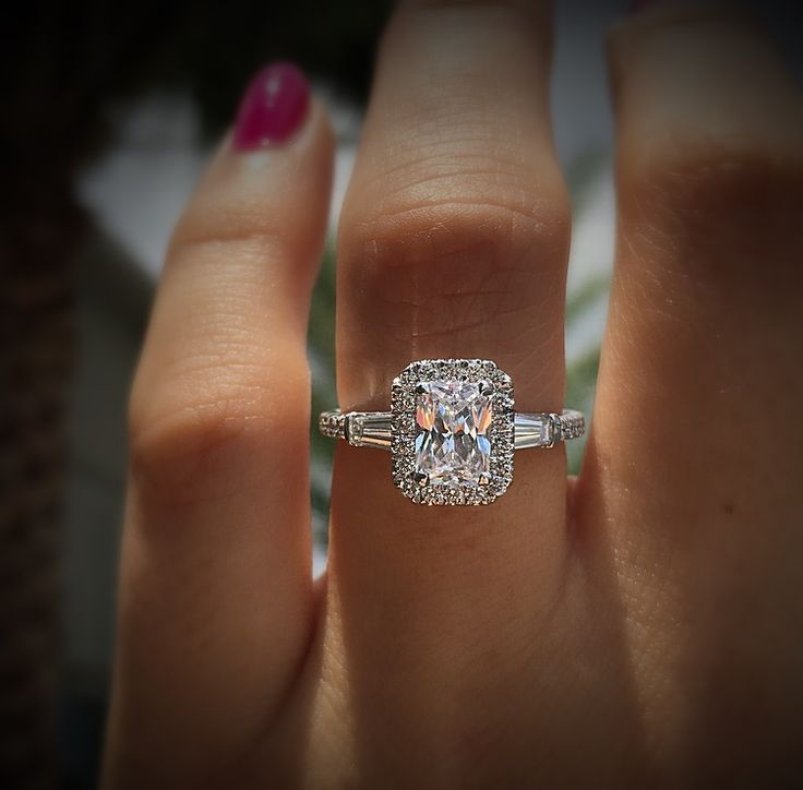 Gabriel & Co. Diamond Halo Engagement RIng