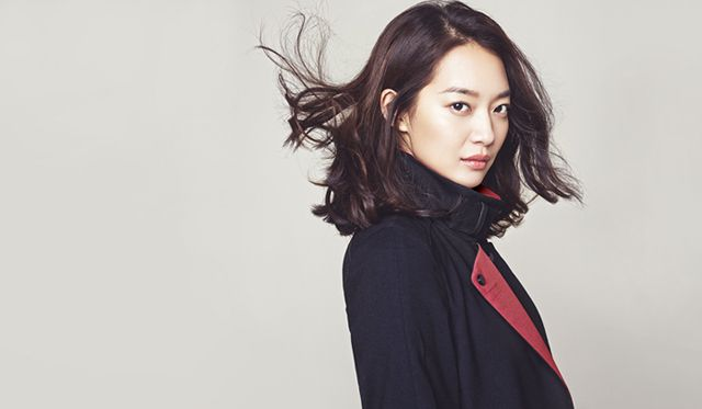So far, JOINUS has only released four fall ads that feature Shin Min Ah, but it shouldn't be long till more of the actress' irresistible beauty is unleashed on us.       …