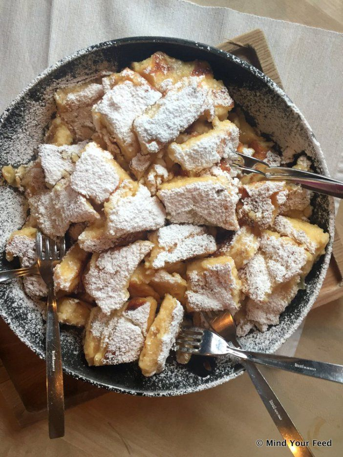 Oostenrijkse apfelstrudel met vanille ijs