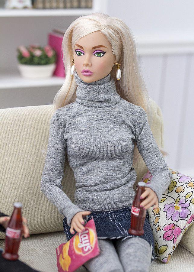 """¡Ya están listas un montón de prendas nuevas de nuestra colección """"otoño - invierno""""! Jerseis de cuello alto hechos a mano con tela de p..."""