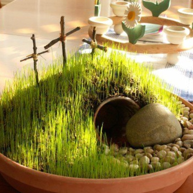 Resurrection centerpiece. Don't have original source - but too cool and powerful teaching tool for little ones- and big ones!