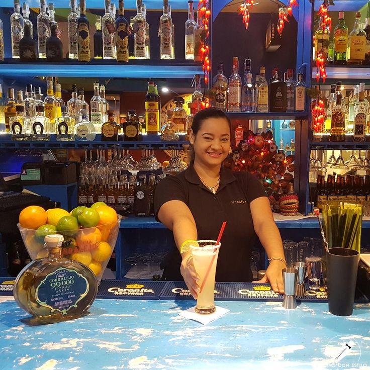 """Refrescante """"Palomita en Ventura"""" que nos presenta la barmaid Fiorella Maldonado. ¡Exquisita!    #CopasConEstilo #Bartender #Cocktail #Coctelería #Cóctel #Cócteles #Madrid"""