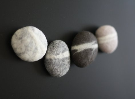 felted pebble magnets