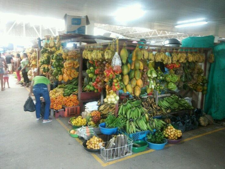 Some fruits for the breakfast?? Letcia's fruit market pic.twitter.com/tZjRKJNor9