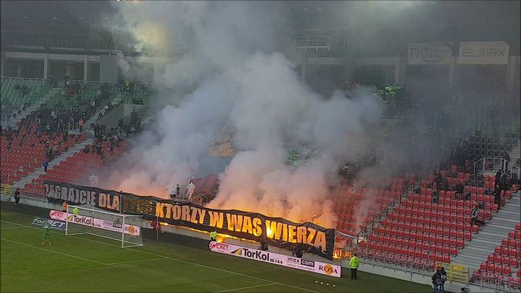 1L: GKS Tychy - Zagłębie Sosnowiec [Pyro, fans]. 2017-11-12