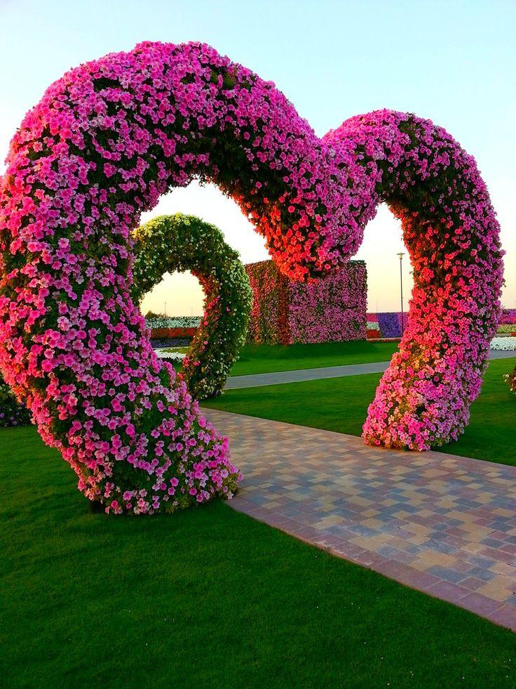 Miracle Flower Garden Dubai Hearts Dubai Miracle Garden 400 x 300