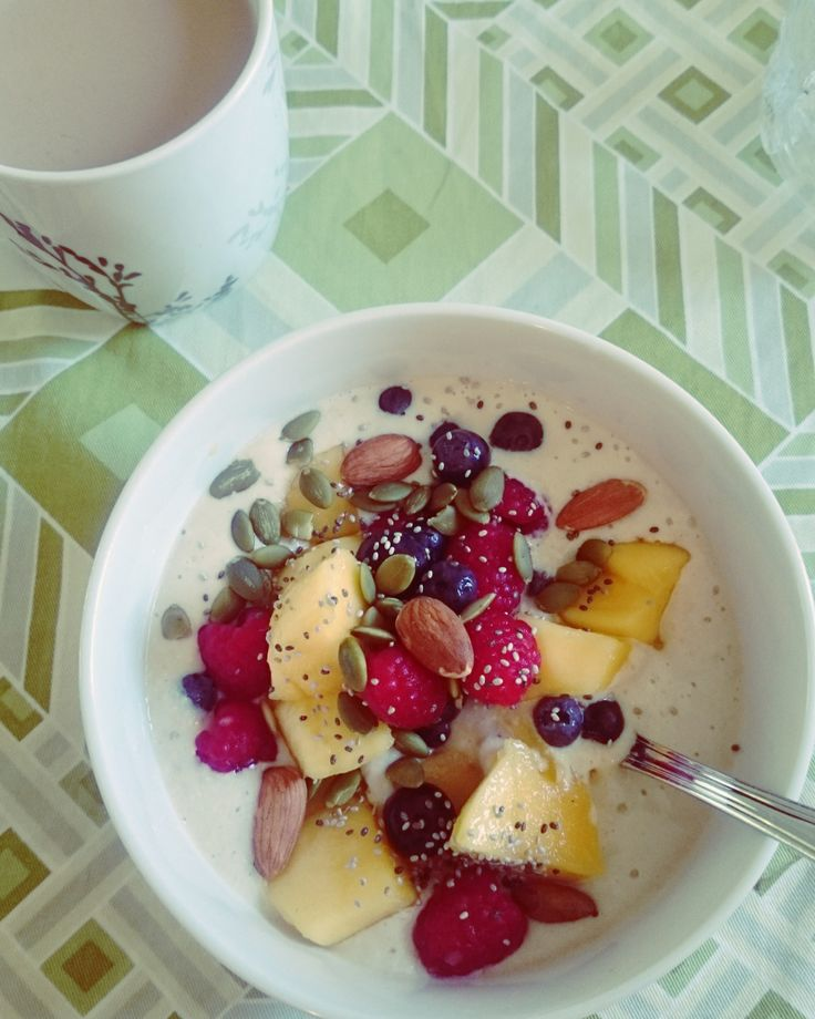 Thermomix Banana, Honey and Oat Smoothie Bowl with Summer Berries