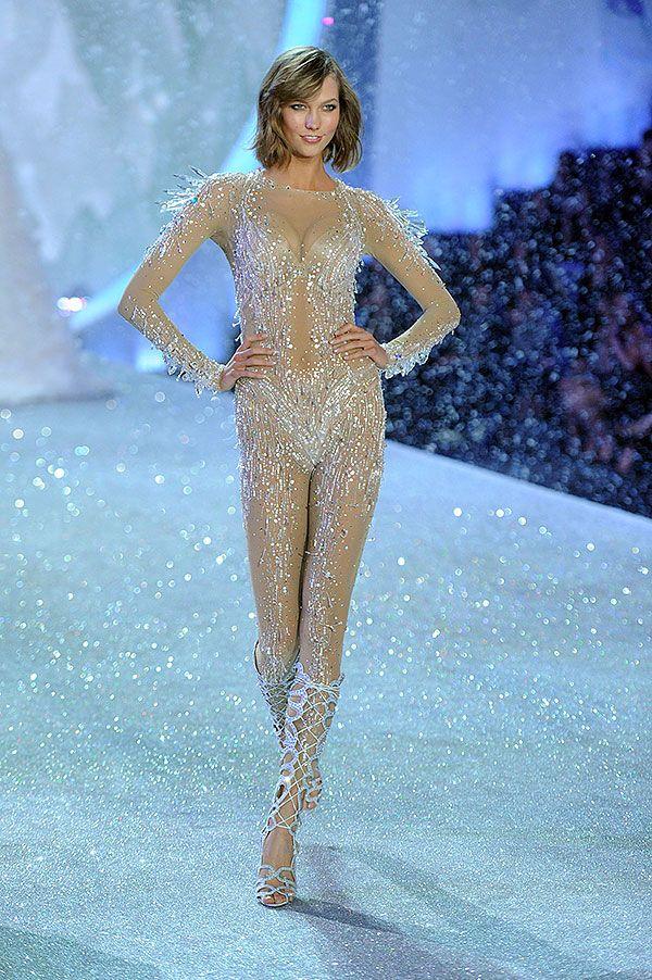 Fashion ShowKarlie Kloss Vs Fashion Show 2013