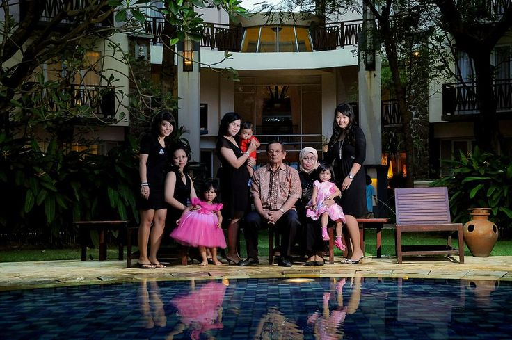 Family Photo indriono di hotel novotel surabaya - Creativefotoku