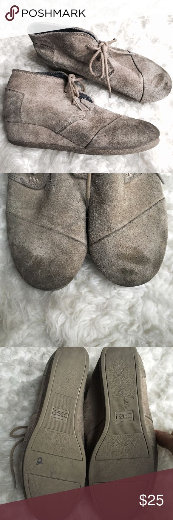 Taupe Suede Youth Desert wedges Sz 4 Used Flawed Taupe Suede | Youth | Sz 4 | Wedges | Flawed | TOMS Shoes Dress Shoes