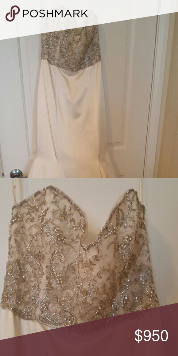 Off the rack, didn't end up wearing it so new Lazaro satin ivory dress Lazaro   Dresses Strapless