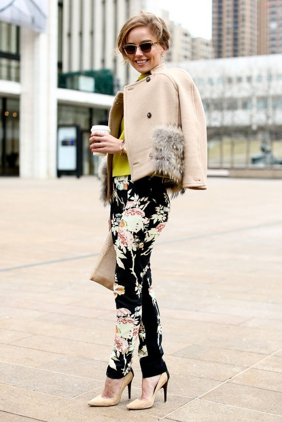 Pantalones floreados cool en invierno: Street Fashion, Fashion Weeks, New York Fashion Week, Pants, Street Styles, Fall 2013, Streetstyle Streetfashion, Floral