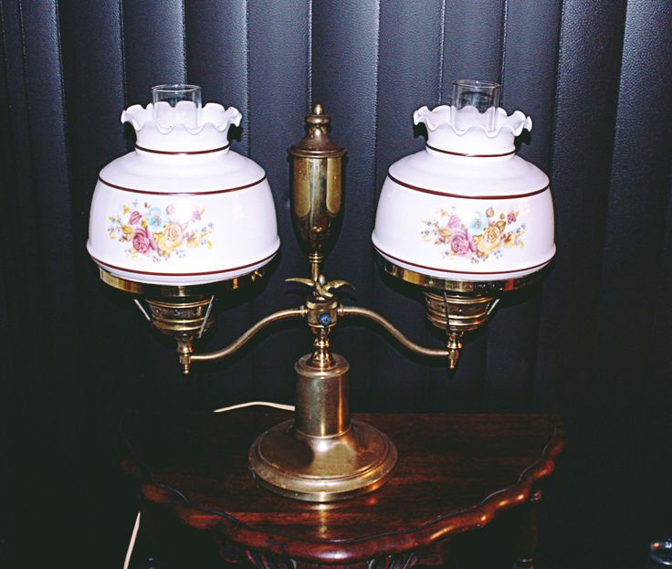 Antique Brass Lamp, Double Globes, Hurricane Table Lamp, Beautiful Lamp,  Solid Brass