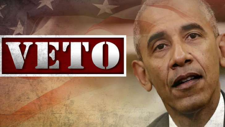 The House and Senate Wednesday voted to reject President Obama's veto of legislation allowing lawsuits against foreign sponsors of terrorism in the first successful override of a presidential veto since Obama took office.