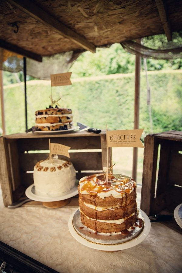 Rustic cakes for the dessert table