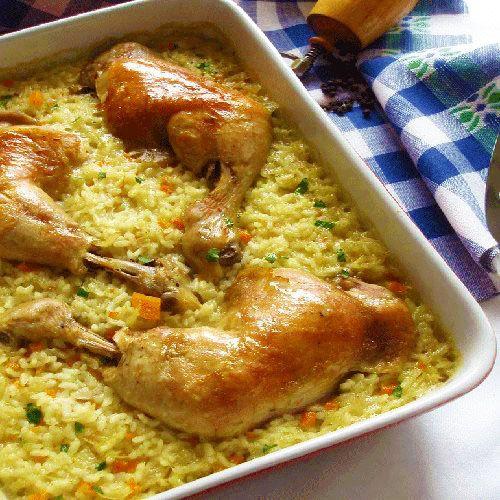 Deliciosul Pilaf la cuptor cu carne de pui este o mancare excelenta ce se prepara foarte usor. Se poate servi atat la masa de pranz, cat si la cina.
