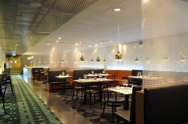Best Western Restaurant Space Dividing Kaynemaile Mesh Screens