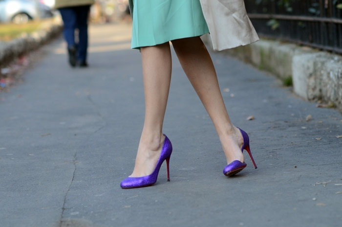 A pop of purple.: Purple Shoes, Outfits, Shoes Lovin, Posts, Style Ish, Christian Louboutin, The Blondes Salad, Fairies Tales