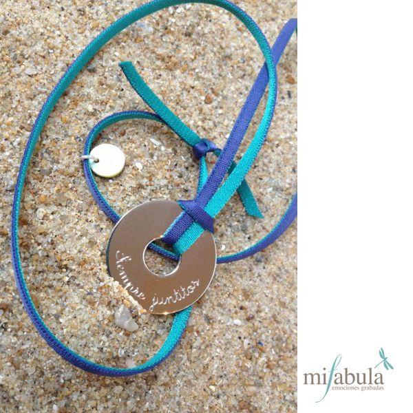 Un mensaje para recordar en un romántico collar ¿te gusta? a nosotras mucho!!! http://www.mifabula.com/es/3-collares
