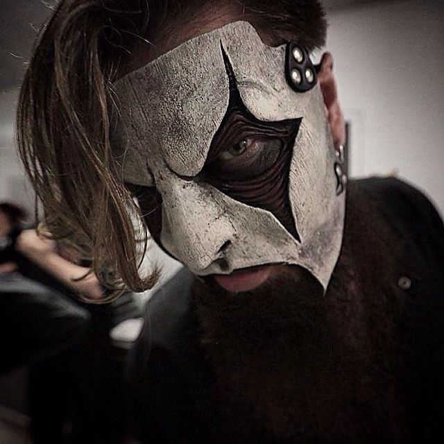17+ images about Slipknot on Pinterest   Dark photography ...