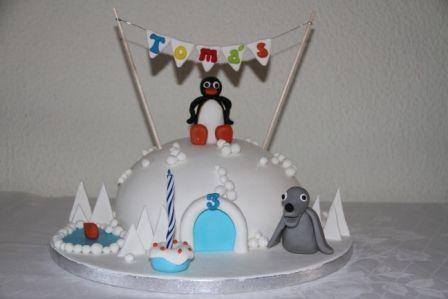 Bolos decorados pinguim - http://www.boloaniversario.com/bolos-decorados-pinguim/