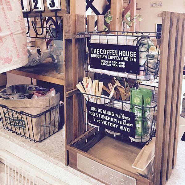 """ホームセンターはもちろん、100均でも買える""""すのこ""""を使って、お家もお庭もカンタンにリメイクする事が出来ちゃいます。すのこはサイズも豊富なので使いたい場所に合わせて選ぶ事も出来る上、木材は比較的簡単に加工する事が出来るのでDIY初心者にオススメの素材になります。"""
