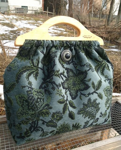 Snow Pond Bag Oversized - cute! My mom used to make purses like these for us when we were girls but smaller :)
