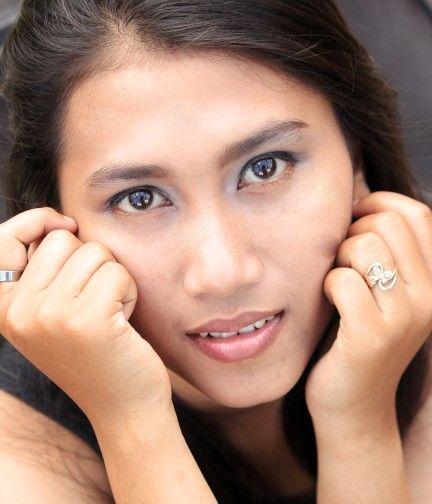 Full face nadya
