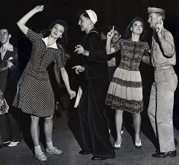 E Bd A C C C on 1940s Jitterbug Dance