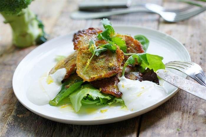 Broccoli- och halloumibiffar med sesammajonnäs obs! ändra recept - nuvarande kallar för 5 ägg på 4 port