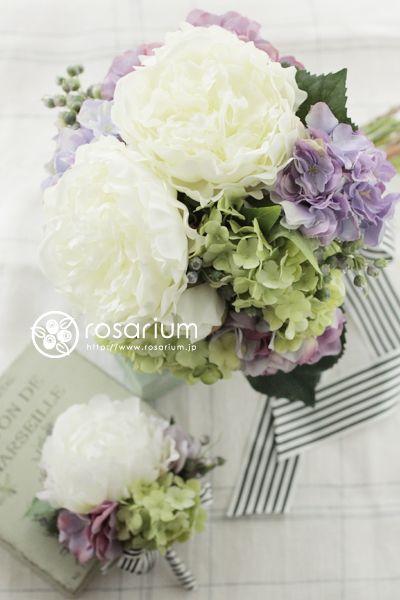 芍薬と紫陽花のクラッチブーケ