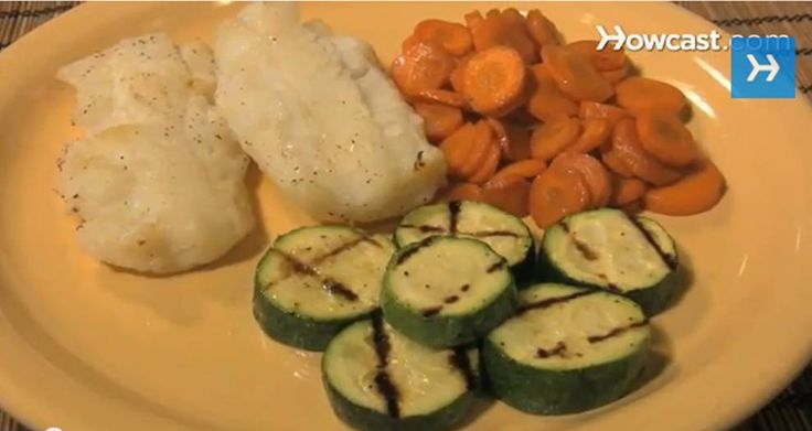 Happy Rosh Hashanah!    make traditional foods including challah, carrot tzimmes, and baked whitefish filets.