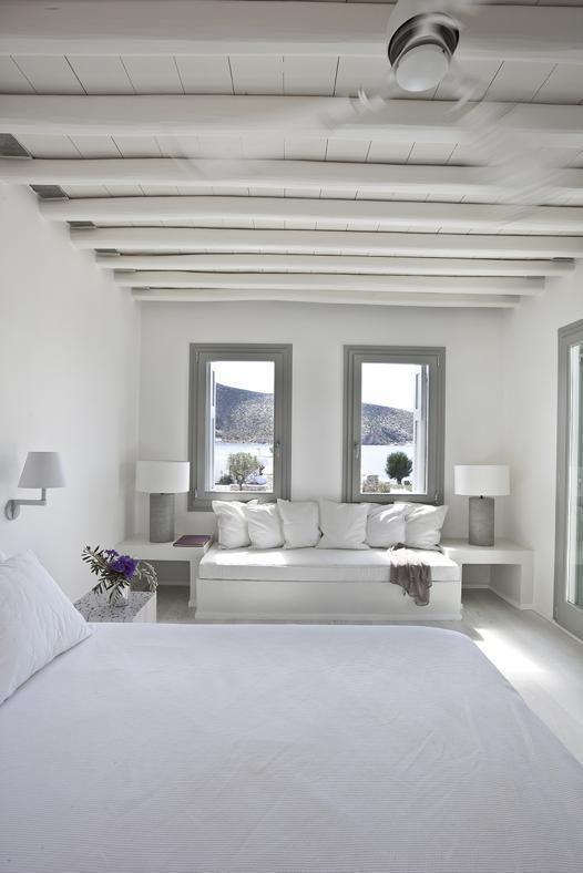 les 25 meilleures id es de la cat gorie chambre grecque sur pinterest bleu grec d cor grec et. Black Bedroom Furniture Sets. Home Design Ideas