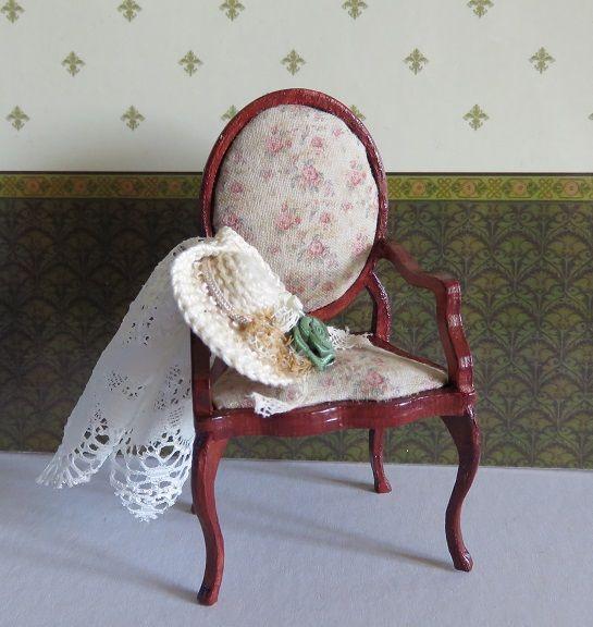 Rococo chair kit made by melissasminiwereld.