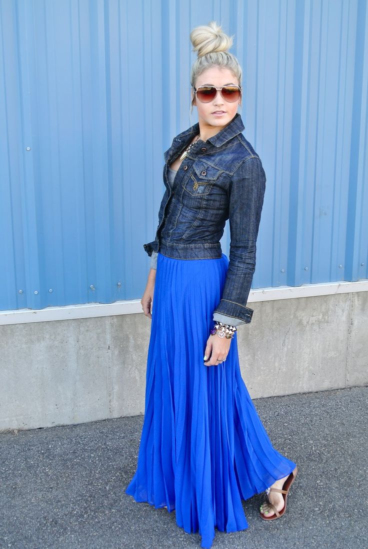 Great look! I love this denim jacket | Blue maxi skirt ...