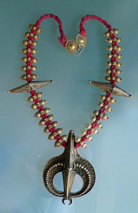 A silver-gilt Karo Batak necklace (from Sumatra) shown by Global Beads as photo 91 of its Album Asian Jewelery.
