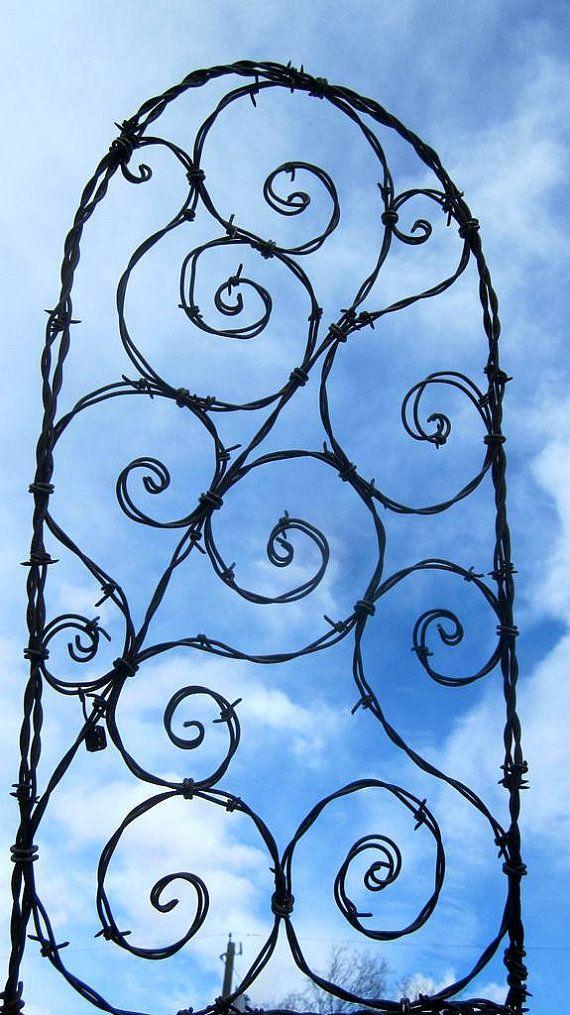 trellis: Gardens Ideas, Spirals Galor, Wire Trellis, Spirilian Trellis, Yard Art, Gardens Trellis, Barbed Wire Art, Galor Barbed, Wire Yard