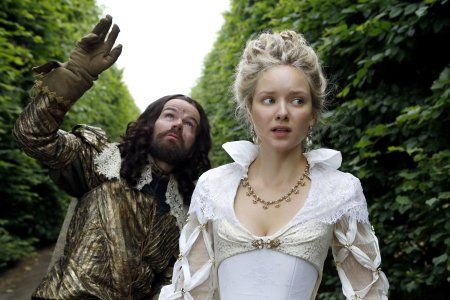 Stephen Walters and Alexandra Dowling in The Musketeers (2014)