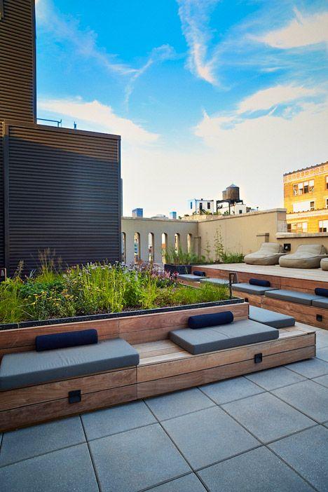 Piet Oudolf's Huys rooftop terrace