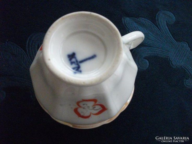 1840-44 - KPM-antik csésze