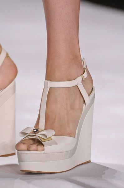Badgley Mischka, Spring 2013