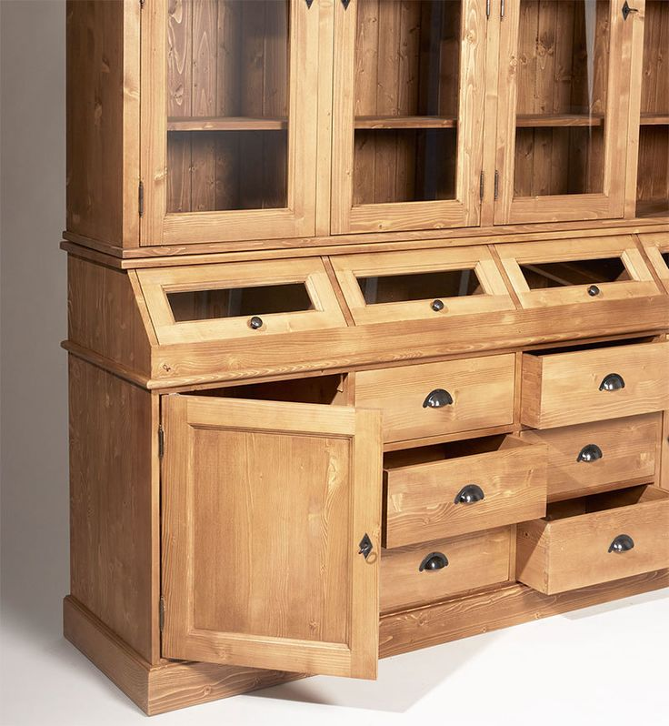 les 25 meilleures images du tableau vaisselier bois massif sur pinterest buffet vaisselier. Black Bedroom Furniture Sets. Home Design Ideas