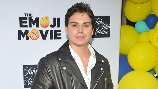 'The Emoji Movie': Jake T. Austin Admits Emoji's Have Gotten Him Into Romantic 'Trouble' https://tmbw.news/the-emoji-movie-jake-t-austin-admits-emojis-have-gotten-him-into-romantic-trouble  Have you ever sent a romantic text using emojis to the wrong person? Jake T. Austin has! The actor, along with 'The Emoji Movie's crew laughed over their personal experiences with emojis and took us inside the world of 'Textopolis'!Jake T. Austin , 22, is just one of the many stars of the The Emoji Movie…