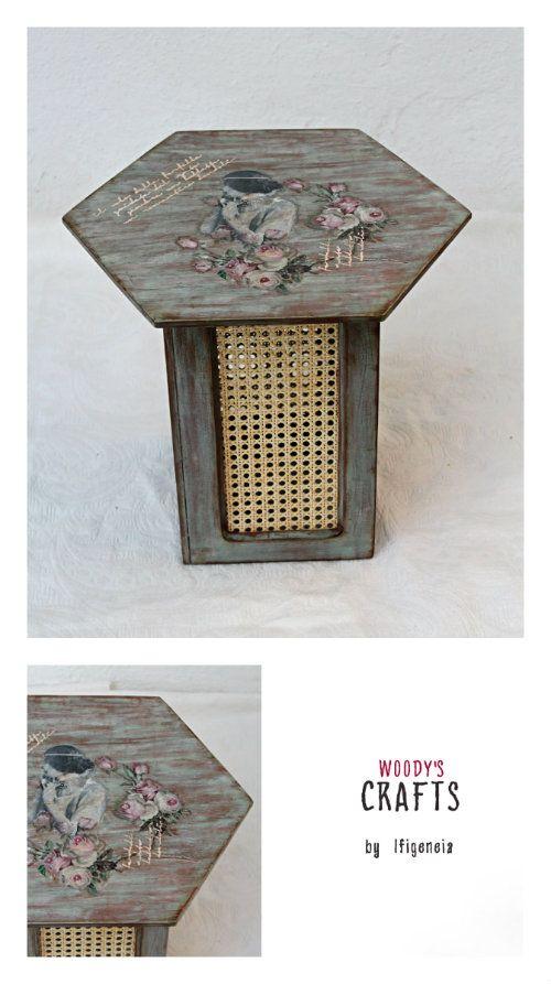 Μικροκατασκευές   Χειροποίητο βοηθητικό τραπεζάκι το οποίο μπορεί να καλύψει και την  ανάγκη ενός καθίσματος.