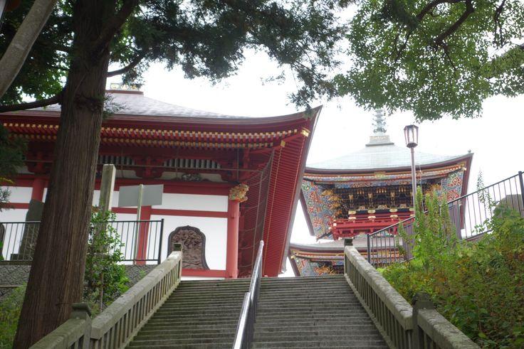 仏教図書館から三重塔