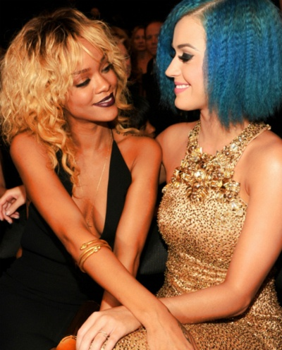 : Girls Crushes, Rihanna, Best Friends, Blondes, Dresses, Bff, Blue Hair, Katy Perry, Beautiful People