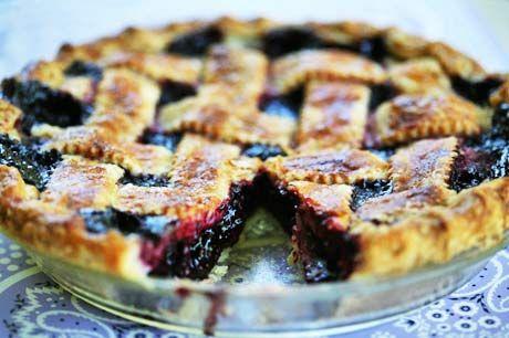 Boysenberry Pie (photo)