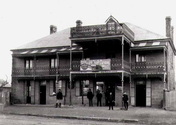 Bayview Hotel, Victoria Road, Gladesville NSW in 1906. ve.