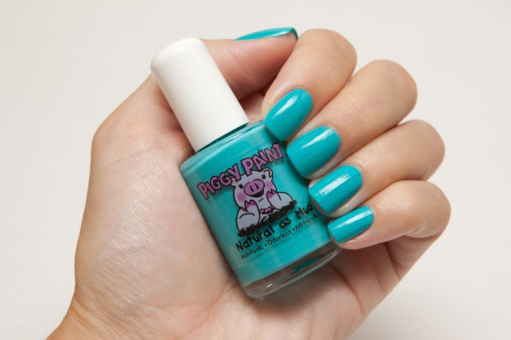 Piggy Paint Water Based Nail Polish Swatch in Seaquin (Turquoise)  http://prettypaintednails.com/reviews/piggy-paint-water-based-nail-polish-for-kids/