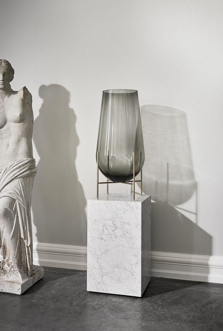MENU Echasse Vase, Plinth Marble